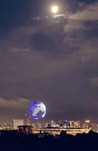 あぶけろ @abukero753 月と地球撮れた満月アメリカ大陸#Tokyo2020 #開会式